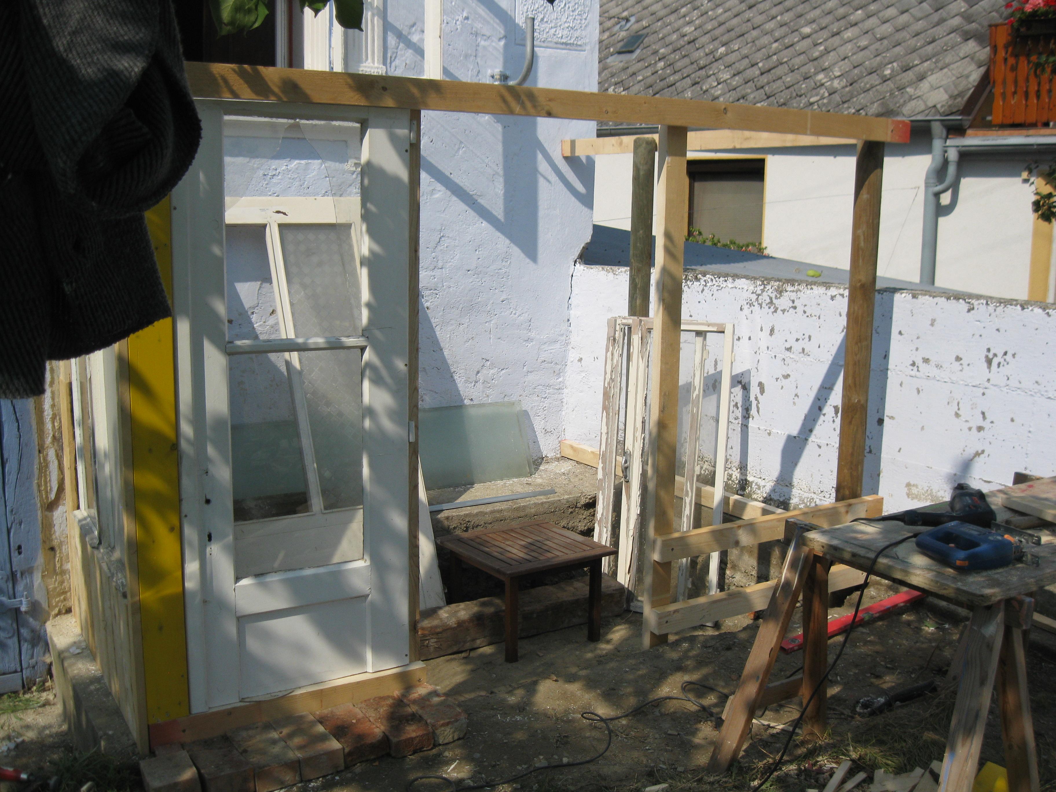 Gew Chshaus Selber Bauen gewächshaus bauen aus alten fenstern die goldhofer gew chshaus so baut aus alten